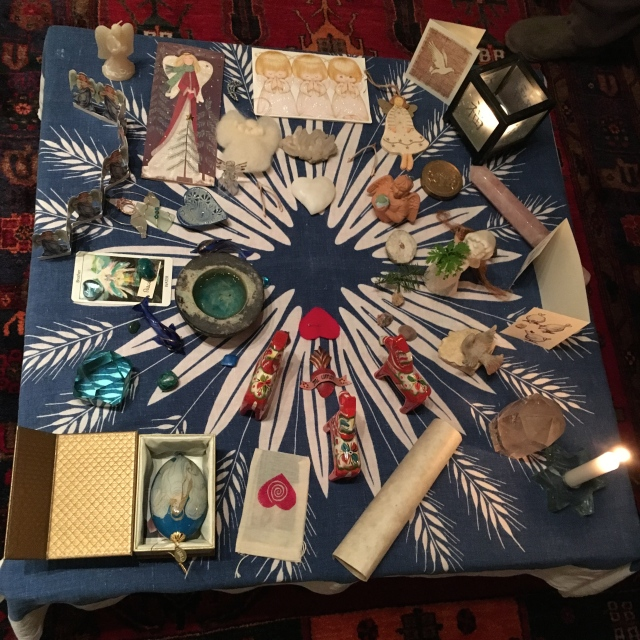 Solstice table